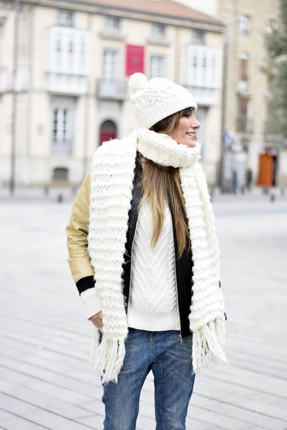 Chaqueta – jacket – Romwe (here) Pantalón – baggy jeans – Stradivarius  (old) Gorro – beanie – ASOS Zapatos – shoes – Zara (fw 2015-2016) 9578dc96823