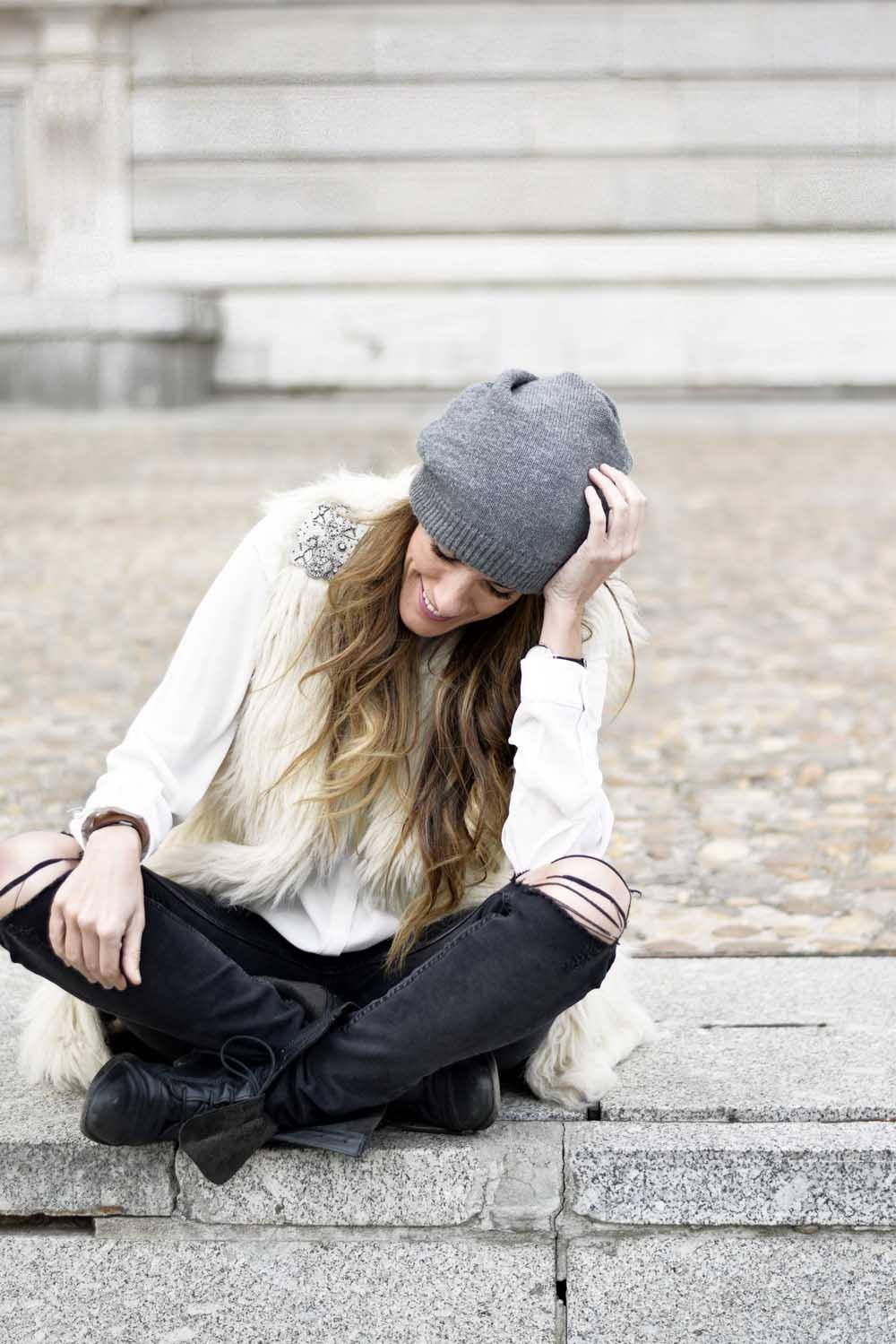 Pantalones – jeans – H M (fw 2015-2016) Camisa – shirt – Mango (old) Botas  – boots – Zara (old) Gorro – beanie – H M Man Reloj – watch – ClUSE (here) ebbefe53fb0