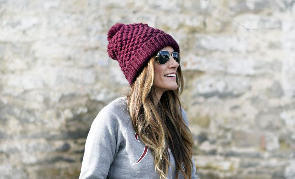Sudadera – sweatshirt – The Front Row Shop Pantalones – jeans – Zara (old)  Gorro – beanie – ASOS Zapatillas – sneakers – New Balance 26123d5cdb8